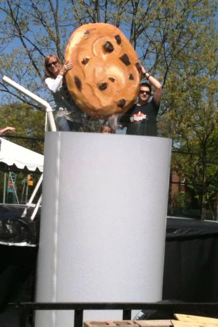 Photo: Scout-PR.Com, the agency behind the Great Cookie Dunk, Burlington, VT, May '12