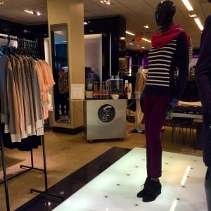 Sip & shop. #bloomindales #bloomindaleschestnuthill #fashionforward #shoptiludrop #espressodave